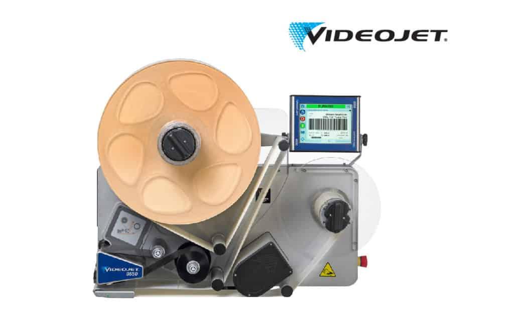 เครื่องพิมพ์และติดสติ๊กเกอร์ Print-and-Apply_VJ-9550
